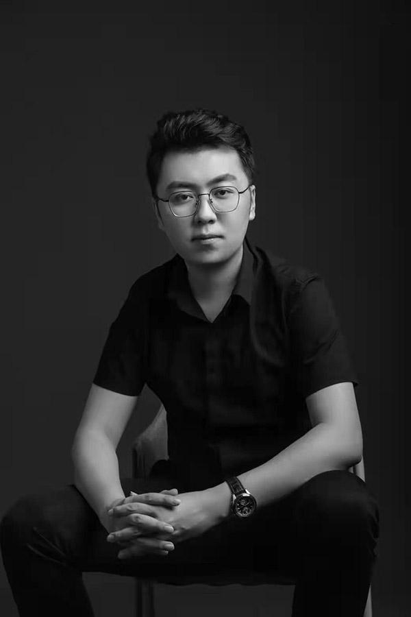 金貝殼設計師-周忠旭